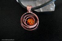 """Pendentif """"Astrolabe"""" en cuivre et cristal"""